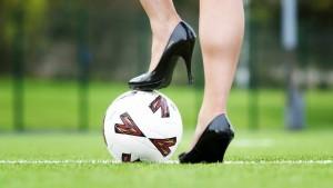 No importa qué estilo de zapato de tacón traiga para el concurso, lo importante es que sean altos y tener la actitud ganadora. - Tomada de es.forwallpaper.com / GENTE DE CABECERA