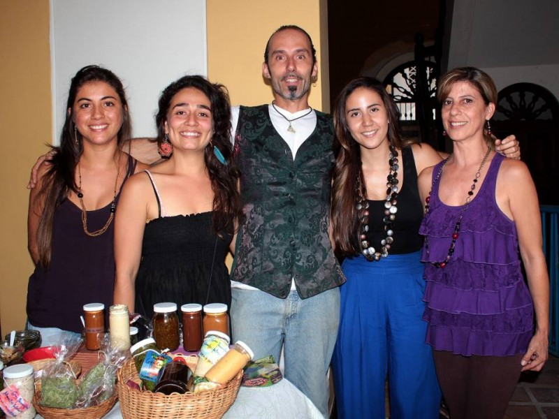 Laura Díaz, Silvia Arias, Rasec Nebur, Paula Vega y Dolly Valenzuela. - Laura Herrera /GENTE DE CABECERA