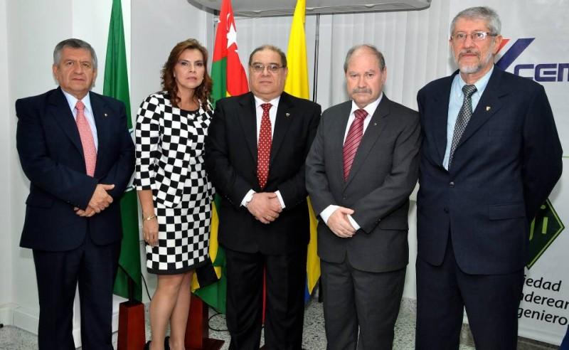 Luis Orlando Muñoz, Luz Mélida Gamboa, Carlos Yepes Maya, Rodrigo Fernández Fernández y Adriano Otero Pinedo. - Didier Niño / GENTE DE CABECERA