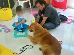 En una de sus prácticas de terapia asistida, en Bucaramanga.