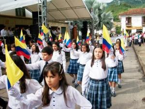 En ocasiones anteriores los niños eran protagonistas de las fiestas patricas con sus elegantes desfiles