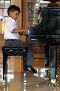 Archivo / GENTE DE CABECERA Cada vez son más los niños que eligen el piano como su instrumento preferido.