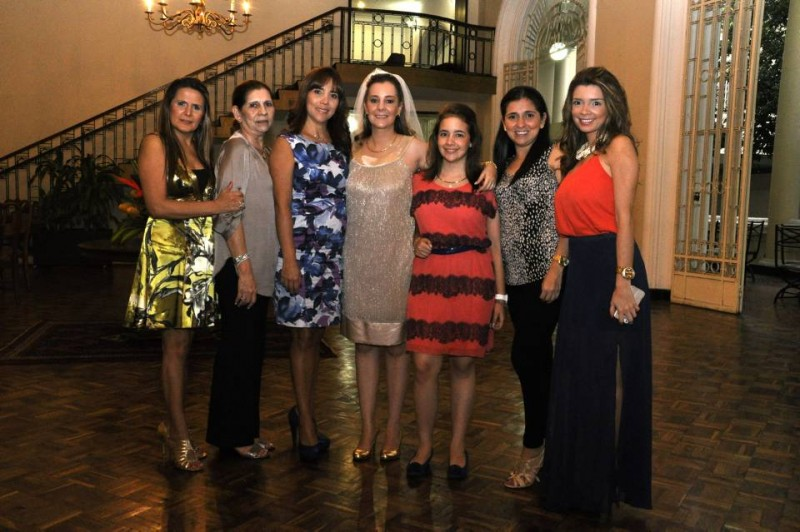 Magali Hernández, Blanca Peralta, Gina Milena Ibarra, Silvia Viviana Pinto Frattali, Ana Daniela Pinto Frattali, Laura Pinillos y Silvia Pinillos. - Laura Herrera / GENTE DE CABECERA