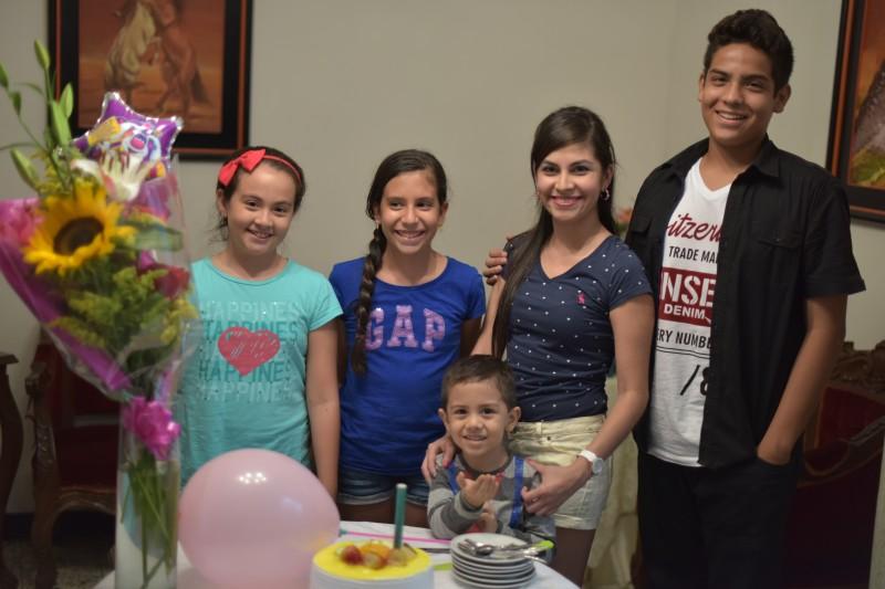 Catalina Mariño, Isabella Lecompte, Diana Carolina Reyes, Jhoan Sebastián Reyes y Santiago Mariño.