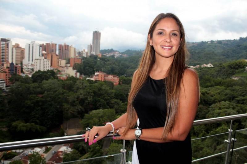 Gina Rodríguez, la actual gerente regionaldeNestlé, ha trabajadoenla BP,Mc Pollo y Almaneces Éxito. Es madre de familia y tras 10 años vuelve a la ciudad.