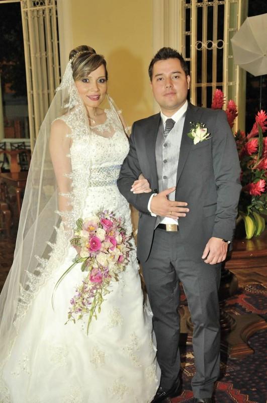 Laura Teresa Arenas y Luis Carlos Serrano. - Hernando Galeano / GENTE DE CABECERA