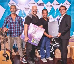 La Fundación Mi Sangre donó una guitarra, una batería, un piano y un bajo al Instituto Municipal de Cultura