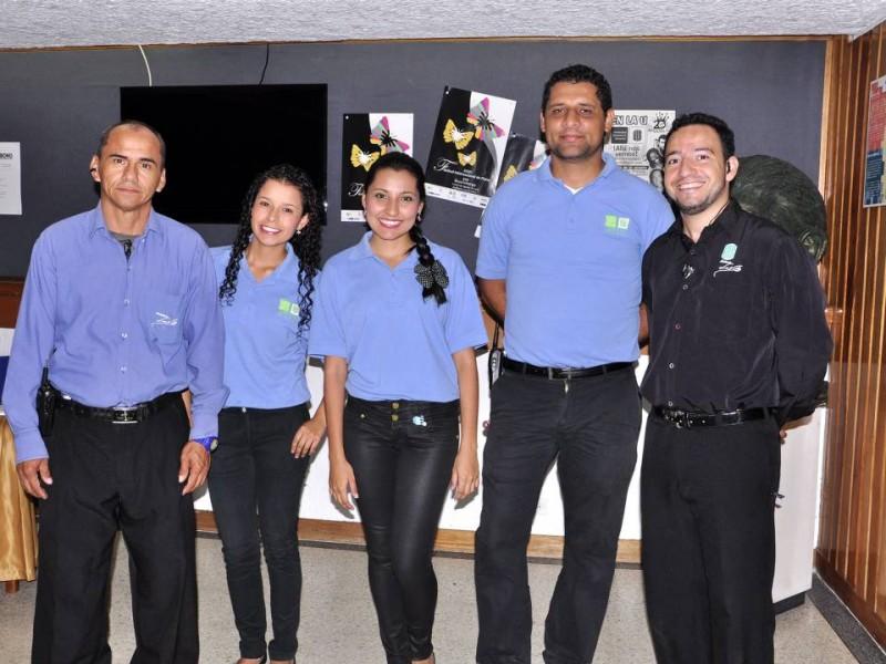 Gerson Mojica, Anyady Méndez, Stefani Quintero, Miguel Ríos y José Bagarozza.