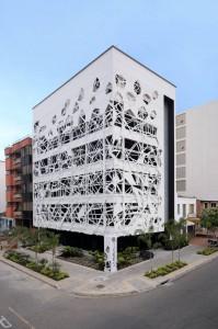 El edificio La Muela, ubicado en El Prado, es uno de los proyectos con los que más ha impactado en el sector por el estilo de su fachada