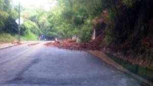 Deslizamiento ocurrido en la noche del lunes 13 de octubre y madrugada del 14. - Suministrada / GENTE DE CABECERA