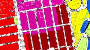 En el mapa del POT, la zona fucsia pertenece a la de múltiple centralidad M-1, la roja oscura es C-1, es decir zona comercial y de servicios empresariales, y la roja clara (carrera 33) C-2 o comercial y de servicios livianos o al por menor
