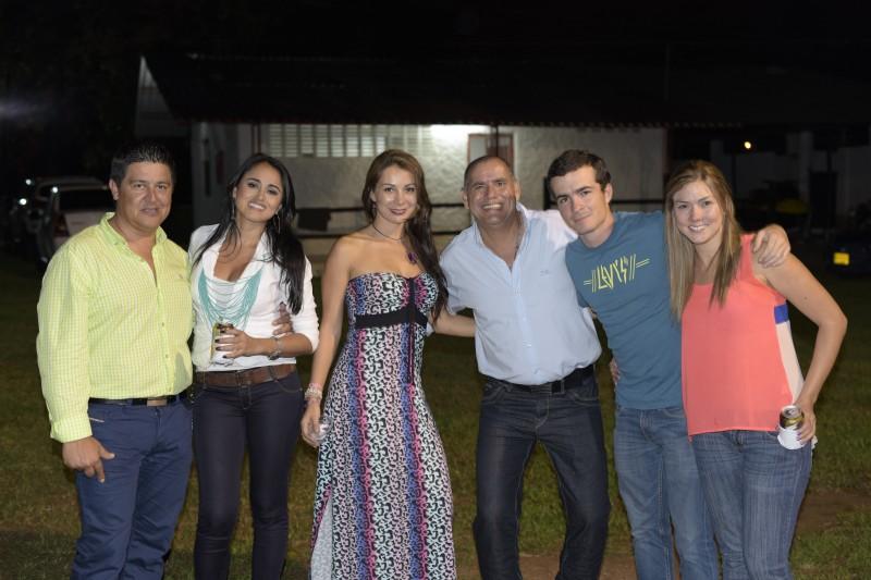 Edward Flórez, Marcela Sánchez, Lucía Gómez, Sergio Galvis, Juan Daniel Agüero y María Lucía Morales.