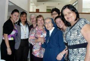 Con el tiempo la Hermana Ana María se convirtió en una líder ejemplar para la comunidad del colegio Gabriela Mistral. - Suministrada /GENTE DE CABECERA