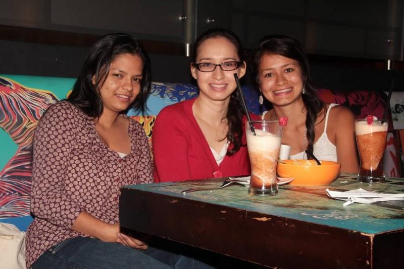 Gisell Cacua, Adriana Hine y Joyse Aguilar. - Javier Gutiérrez / GENTE DE CABECERA