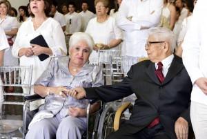 Hace dos semanas don Carlos festejó junto a sus hijos y a su esposa su cumpleaños número 95