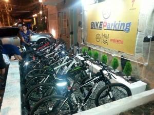 Hamburguesas El Garaje fue uno de los pioneros en implementar biciparqueaderos en Cabecera