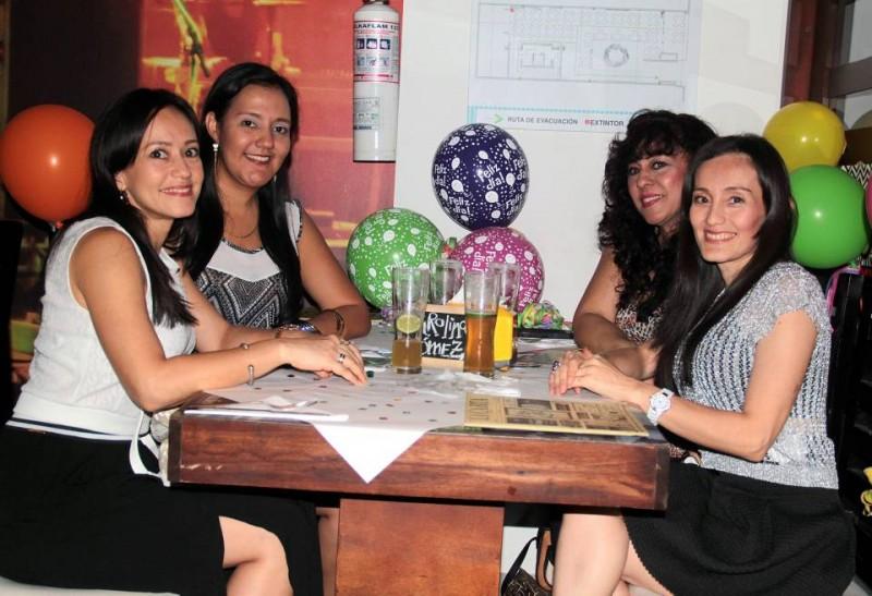 Érika Delgado, Carolina Gómez Chacón, Gloria Consuelo Gómez y Eliana Delgado Gómez. - Javier Gutiérrez / GENTE DE CABECERA