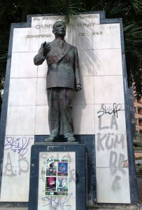 Estatua que representa a Gabriel Turbay