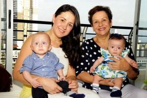 Carmen Cecilia Vega disfruta de la sonrisa de sus únicos nietos, Camila y Sebastián