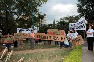 En repetidas ocasiones los vecinos del sector han hecho manifestaciones para pedir como público este espacio de sano esparcimiento