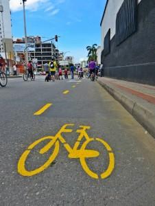 El ciclocarril quedó ubicado al costado derecho de cada carril de la carrera 27. - Suministrada Ciclaramanga / GENTE DE CABECERA