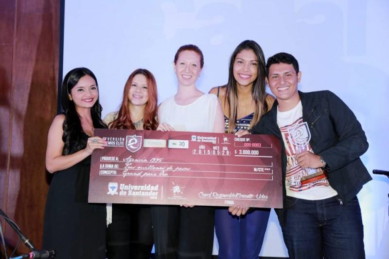Viviana Camargo, Katherine Flórez, María Paula Rodríguez, Daniela Romero y Sergio Andrés Mantilla. - Suministradas / GENTE DE CABECERA