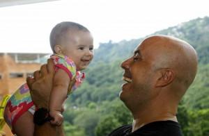 """""""Marcelo Fiorotto es un padre muy colaborador y es el más feliz con su hija"""", dice la esposa."""