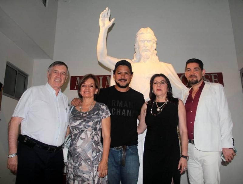 Jean Michel Chaupart, Patricia Roa, Juan José Cobos, Amparo Caballero y Ciro Miguel Caballero.  - Javier Gutiérrez / GENTE DE CABECERA