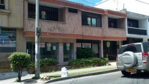 Muchos establecimientos de Cabecera se ven desocupados. - Suministrada / GENTE DE CABECERA