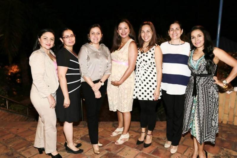 Liseth Guizza, Laura Jaimes, Angélica Prada, Johanna Tapias, Paola Barón, Norly Molina y Laura Prada. - Suministrada / GENTE DE CABECERA