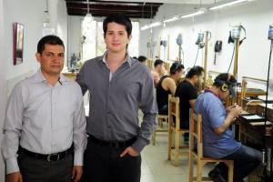 Ariel Albarracín y Cristian Fabián Espinosa son socios de Vekior Joyeros