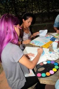 Varios jóvenes atendieron la invitación de la artista. - Javier Gutiérrez / GENTE DE CABECERA