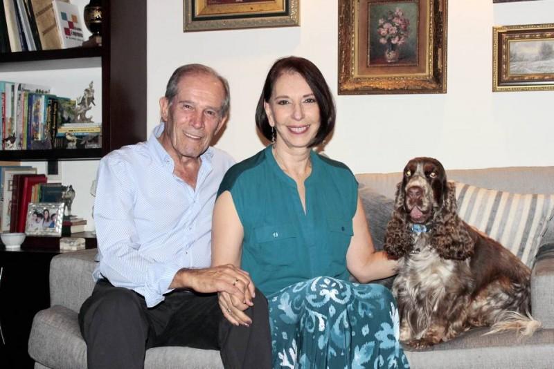 El respeto y el orden son cualidades primordiales en el hogar de Alberto Montoya Puyana y Martha Muñoz de Montoya
