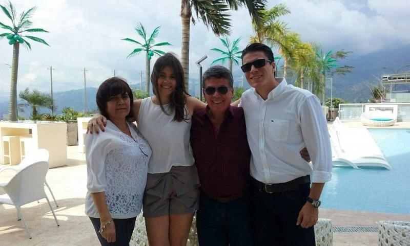 Nelly León de Bernal, Nathalia Granados Sáenz, Bernardo Bernal y Alexander Bernal. - Suministrada/GENTE DE CABECERA