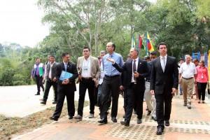 El acto fue presidido por los directores de la CDMB, la CCB y el ministro de Ambiente y Desarrollo Sostenible, Gabriel Vallejo. - Suministrada / GENTE DE CABECERA