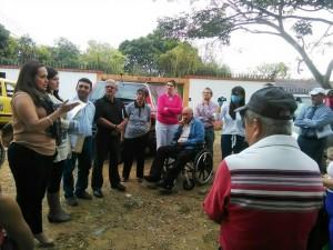 Vecinos de Lagos del Cacique y Los Guayacanes piden a la empresa de telefonía suspender la instalación de una antena en su zona residencial. - Suministrada / GENTE DE CABECERA