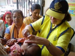 Los clubes rotarios del mundo trabajan unidos para erradicar el polio. - Tomada de Internet / GENTE DE CABECERA