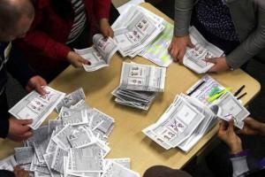 El conteo de votos inicia tan pronto se cierran las mesas, es decir desde las 4:00 p.m