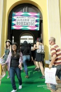 Gente de todas las edades participan en las versiones del mercadillo creativo Llegaron Los Bohemios