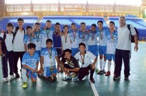El equipo de microfútbol del Colegio Cajasan Tejados se coronó campeón en los Juegos Intercolegiados Supérate 2015. - Suministrada / GENTE DE CABECERA