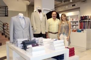 Víctor Di Marco y su hija María Juliana son un ícono del comercio de la moda masculina en Cabecera