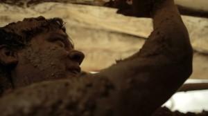 El lodo que se usó para estas escenas provenía del volcán de Arboletes, en Antioquia.