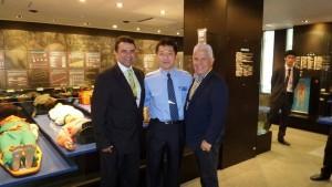 Los directivos de la Fundación MEIS estuvieron de visita en las empresas japonesas que fabrican los aparatos (muñecos) simuladores. - Suministrada / GENTE DE CABECERA