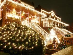 Navidad, la época en que más luces se encienden.