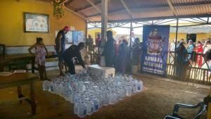 Más de 1500 garrafas pudieron suministrar a esta población.  - Suministrada/ GENTE DE CABECERA