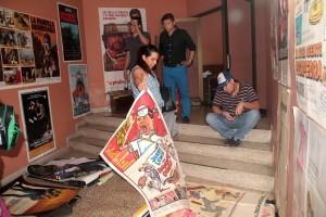Aunque fueron vendidos varios afiches de películas taquilleras, aún quedan por subastar más de mil. Se espera que mañana sábado 5 de diciembre se avance en esta subasta
