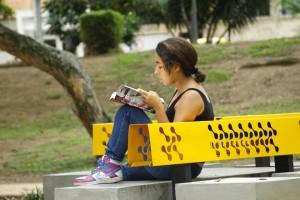 En el Día del Idioma se inauguró el punto de lectura en el parque San Pío