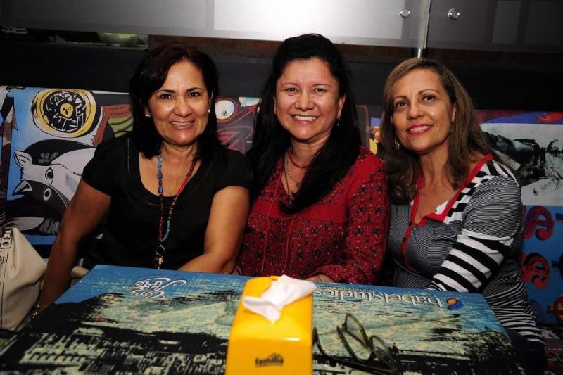 Esperanza Gómez, Luz María Gómez y Ruby San Miguel. - Didier Niño / GENTE DE CABECERA