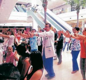 La fundación se apoya económicamente con actividades y fiestas infantiles en los centros comerciales. - Suministrada/ GENTE DE CABECERA