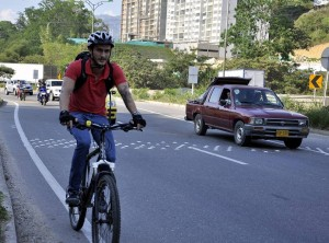 Las autoridades de Tránsito recomiendan a quienes circulan por la autopista ser precavidos y cumplir las normas